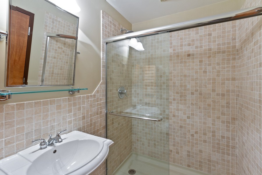 Real Estate Photography - 850 N Milwaukee Ave, Chicago, IL, 60642 - Bathroom