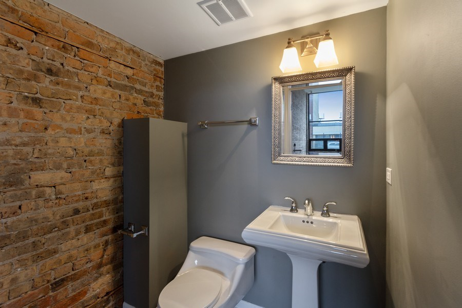 Real Estate Photography - 850 N Milwaukee Ave, Chicago, IL, 60642 - 2nd Bathroom