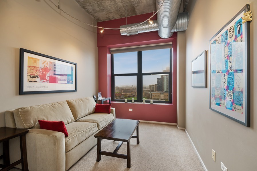 Real Estate Photography - 849 N Franklin St, unit 1412, Chicago, IL, 60610 - 2nd Bedroom