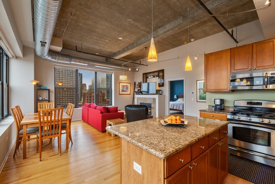 Real Estate Photography - 849 N Franklin St, unit 1412, Chicago, IL, 60610 - Great Room