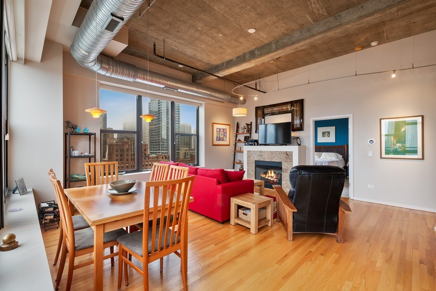 Real Estate Photography - 849 N Franklin St, unit 1412, Chicago, IL, 60610 - Living Room / Dining Room