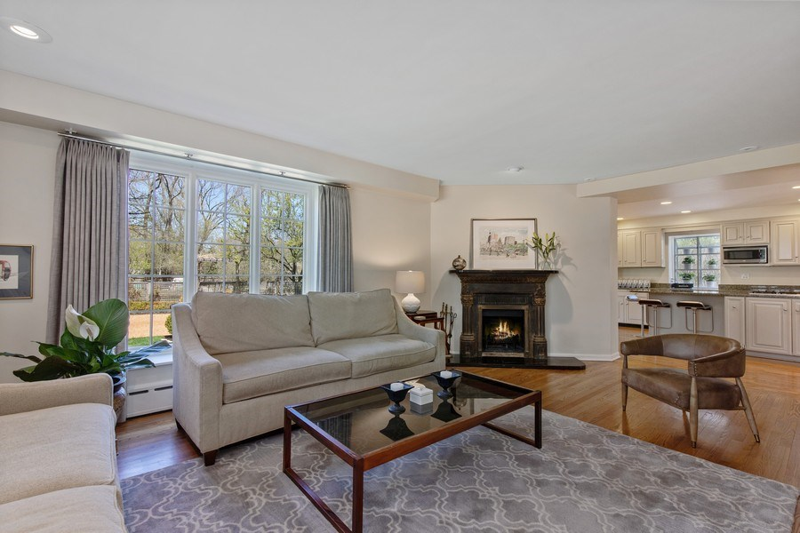 Real Estate Photography - 18 E Laurel Ave, Lake Forest, IL, 60045 - Family Room