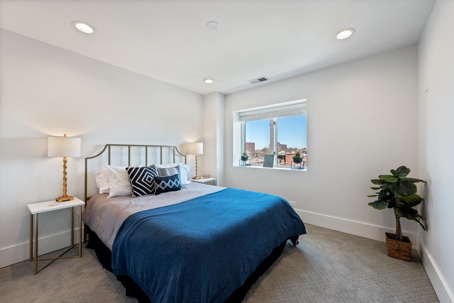 Real Estate Photography - 885 W. Lill Ave., #6, Chicago, IL, 60614 - 2nd Bedroom