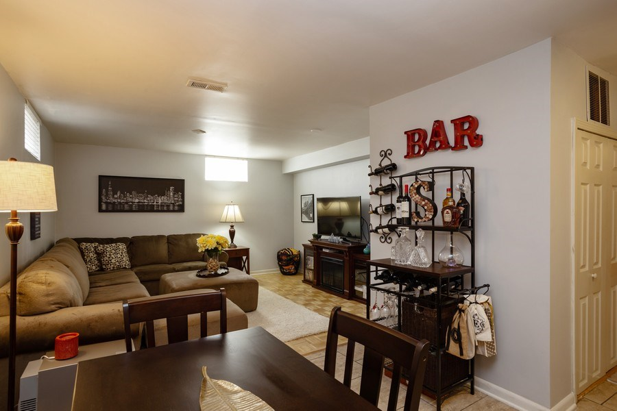 Real Estate Photography - 718 E Euclid Ave, Arlington Heights, IL, 60004 - Basement