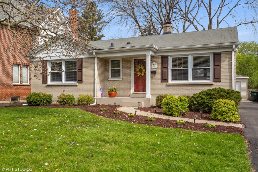 Real Estate Photography - 718 E Euclid Ave, Arlington Heights, IL, 60004 - Front View