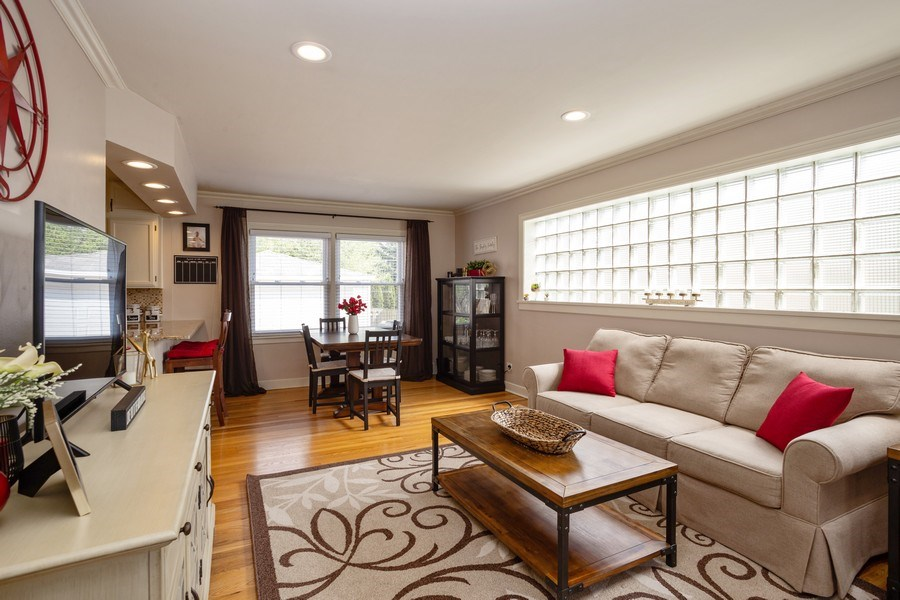 Real Estate Photography - 718 E Euclid Ave, Arlington Heights, IL, 60004 - Living Room / Dining Room