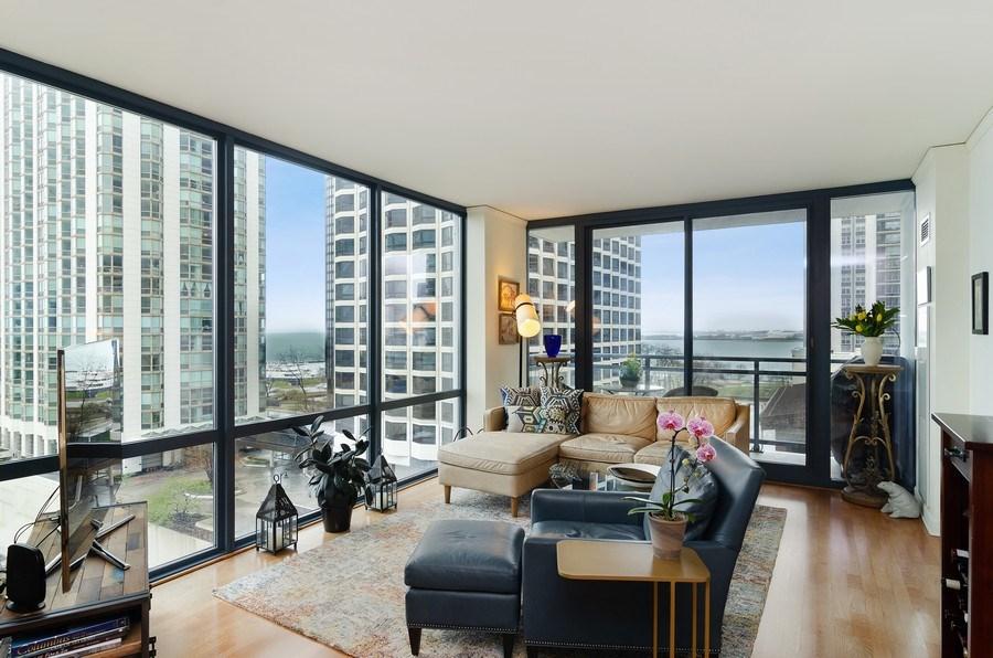 Real Estate Photography - 201 N Westshore Dr, Unit 1102, Chicago, IL, 60601 - Living Room