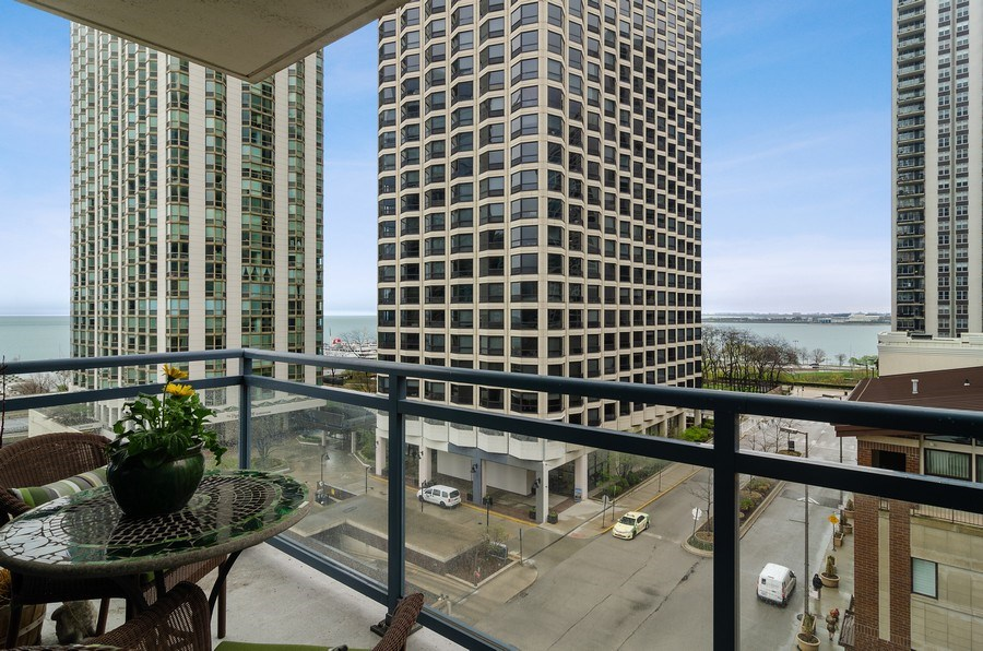 Real Estate Photography - 201 N Westshore Dr, Unit 1102, Chicago, IL, 60601 - Balcony