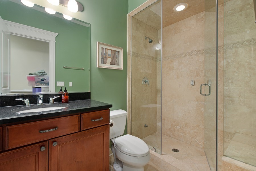 Real Estate Photography - 1834 W. Larchmont, Chicago, IL, 60613 - 3rd Bathroom