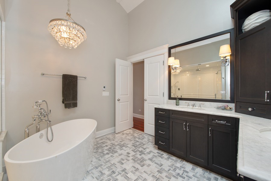 Real Estate Photography - 1834 W. Larchmont, Chicago, IL, 60613 - Master Bathroom