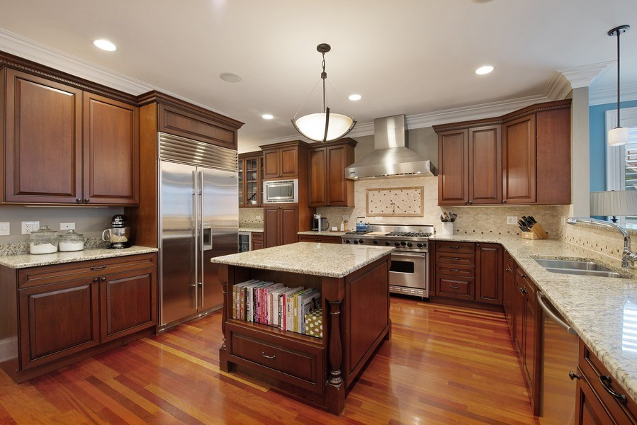 Real Estate Photography - 1834 W. Larchmont, Chicago, IL, 60613 - Kitchen