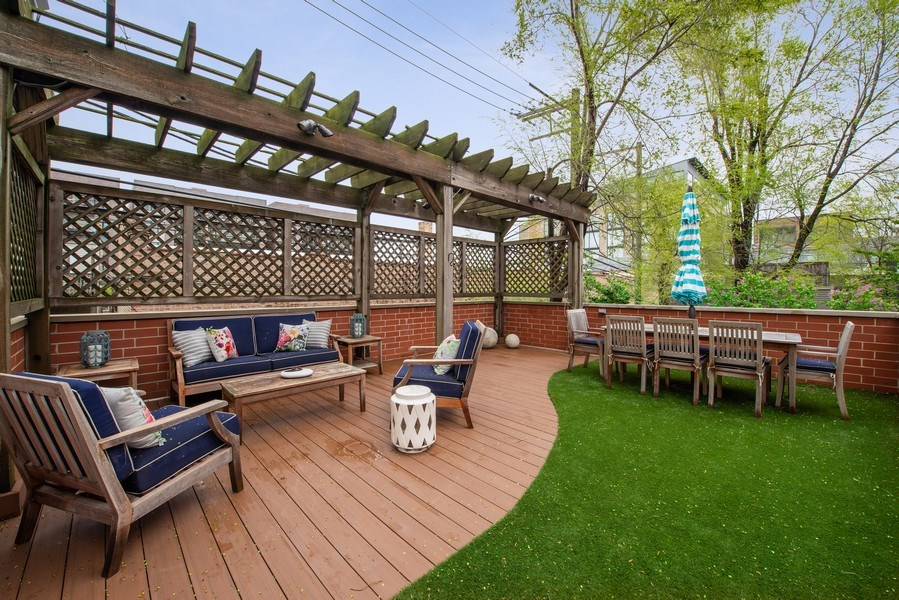 Real Estate Photography - 1834 W. Larchmont, Chicago, IL, 60613 - Roof Deck