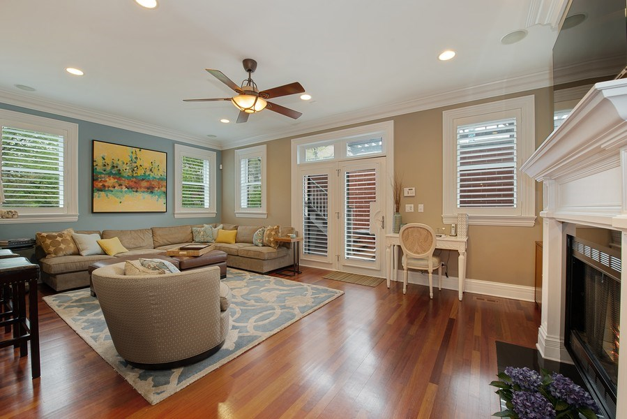 Real Estate Photography - 1834 W. Larchmont, Chicago, IL, 60613 - Family Room
