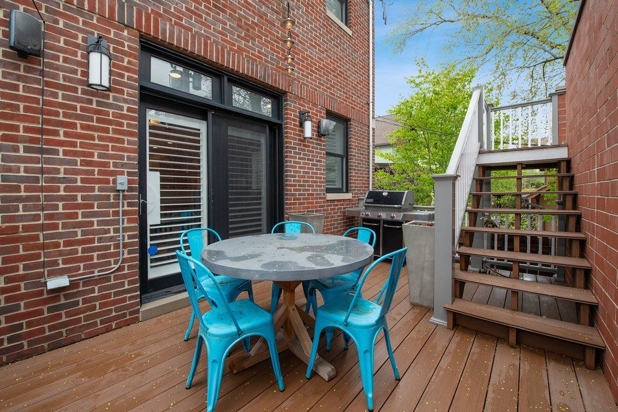 Real Estate Photography - 1834 W. Larchmont, Chicago, IL, 60613 - Deck