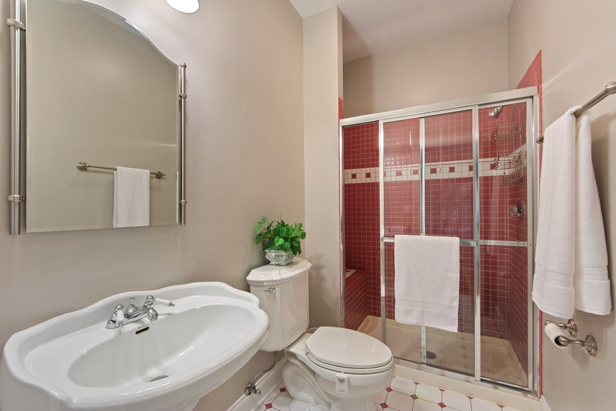 Real Estate Photography - 1075 Erica Dr, Wauconda, IL, 60084 - 3rd Bathroom