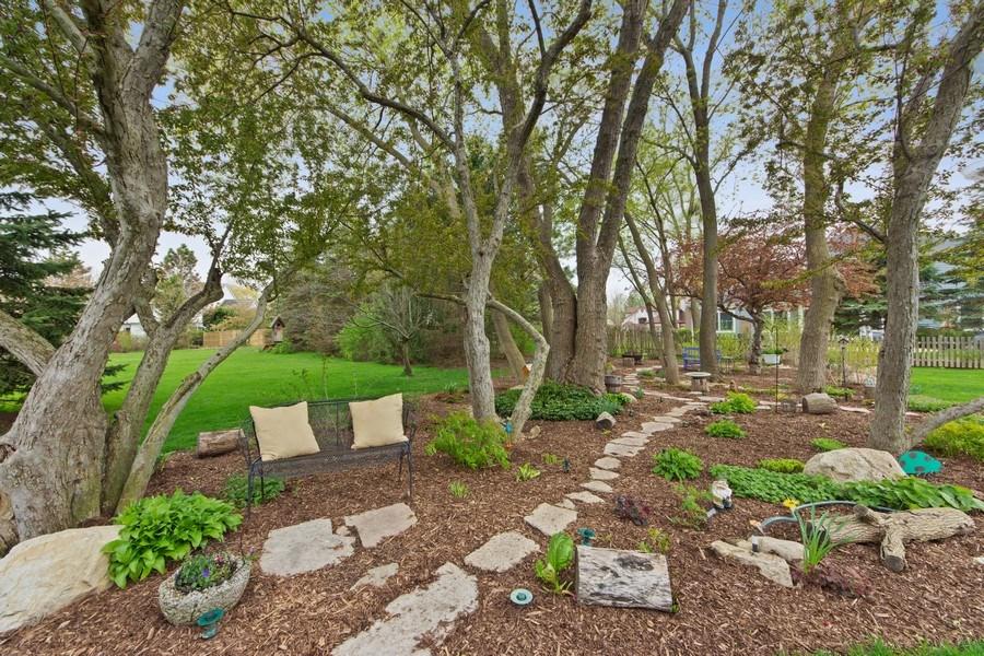 Real Estate Photography - 1075 Erica Dr, Wauconda, IL, 60084 - Location 1