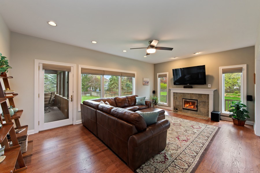 Real Estate Photography - 1075 Erica Dr, Wauconda, IL, 60084 - Family Room