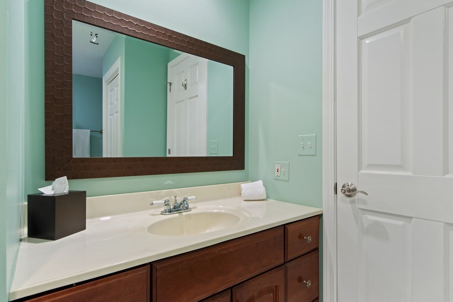 Real Estate Photography - 1075 Erica Dr, Wauconda, IL, 60084 - 2nd Bathroom