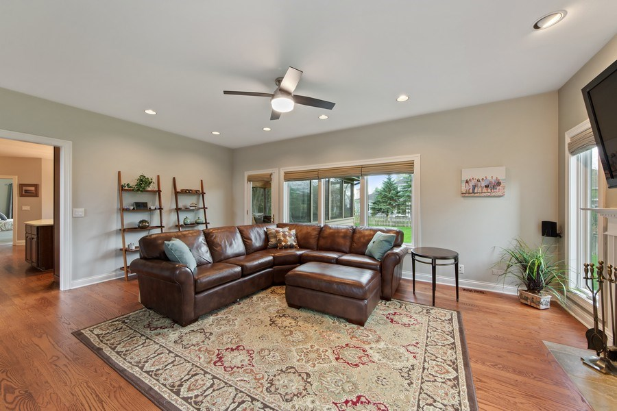 Real Estate Photography - 1075 Erica Dr, Wauconda, IL, 60084 - Family Room / Kitchen