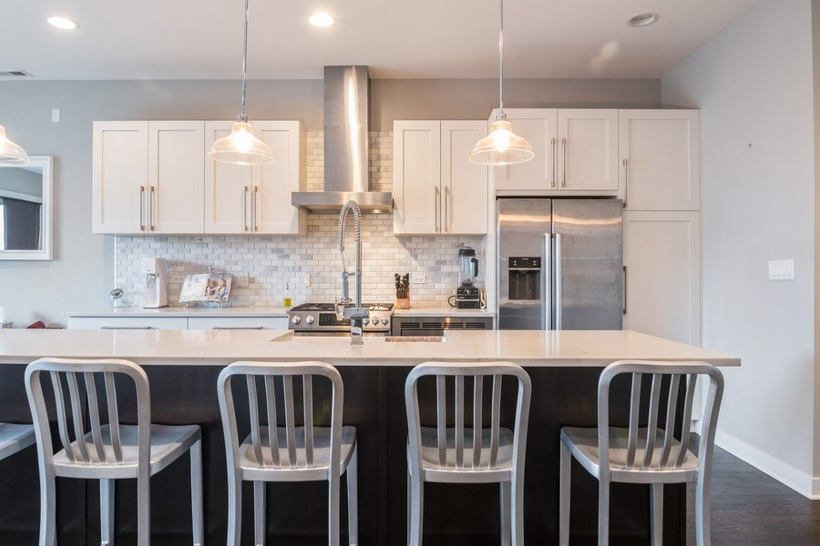 Real Estate Photography - 2550 W Fullerton Ave Unit 2D, Chicago, IL, 60647 - Kitchen