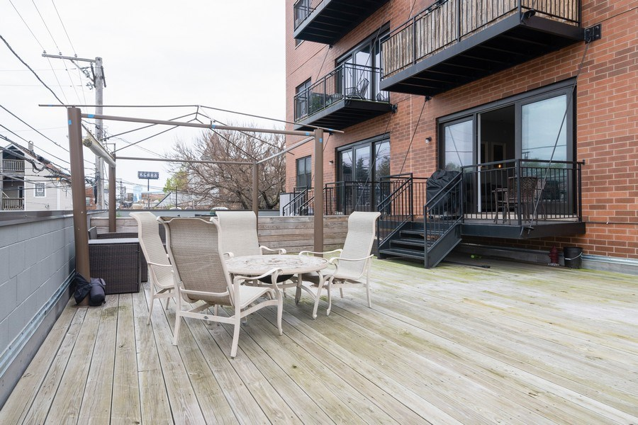 Real Estate Photography - 2550 W Fullerton Ave Unit 2D, Chicago, IL, 60647 - Deck