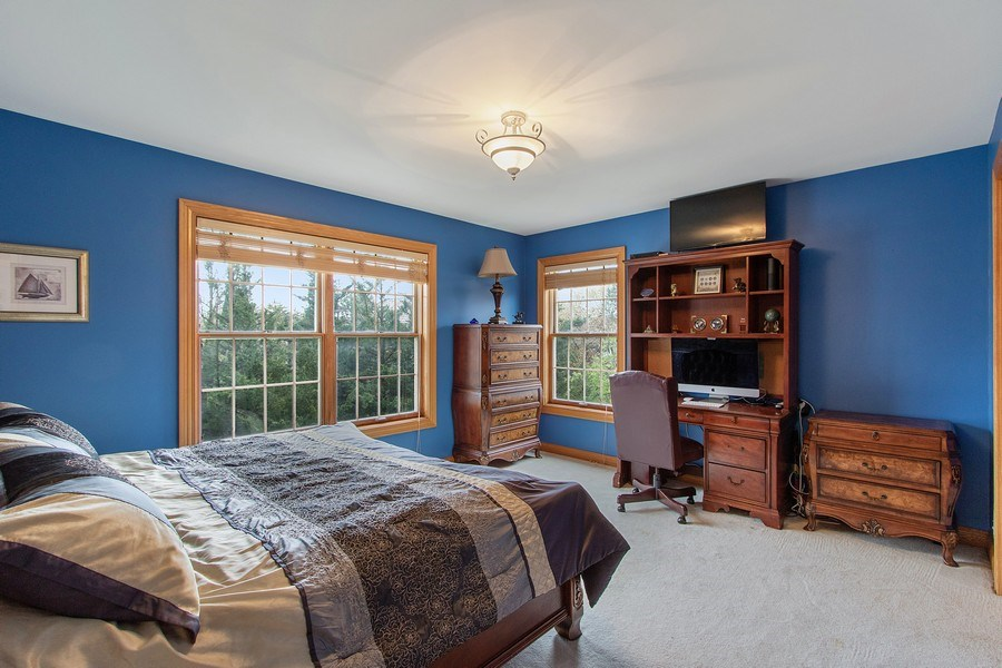 Real Estate Photography - 1009 Oakland Court, Barrington, IL, 60010 - 3rd Bedroom