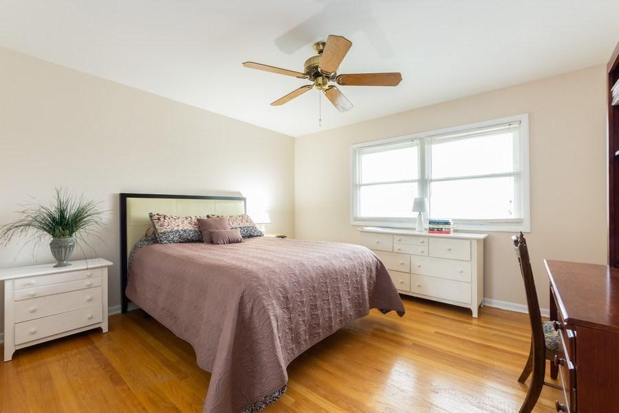 Real Estate Photography - 319 W cedar, Arlington Heights, IL, 60005 - 3rd Bedroom