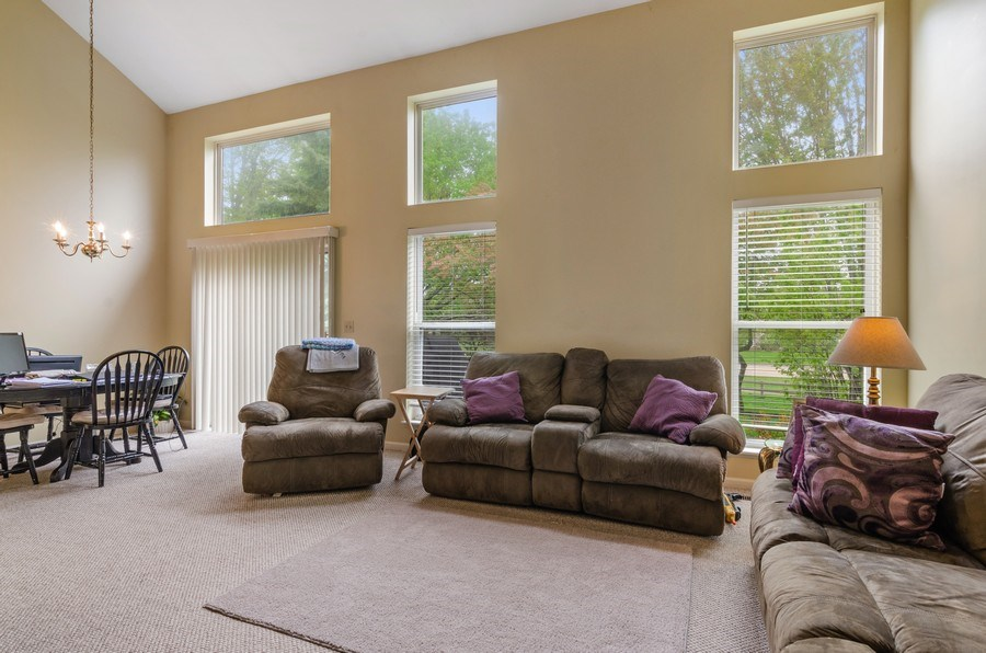 Real Estate Photography - 2064 Peach Tree Lane, Algonquin, IL, 60102 - Living Room