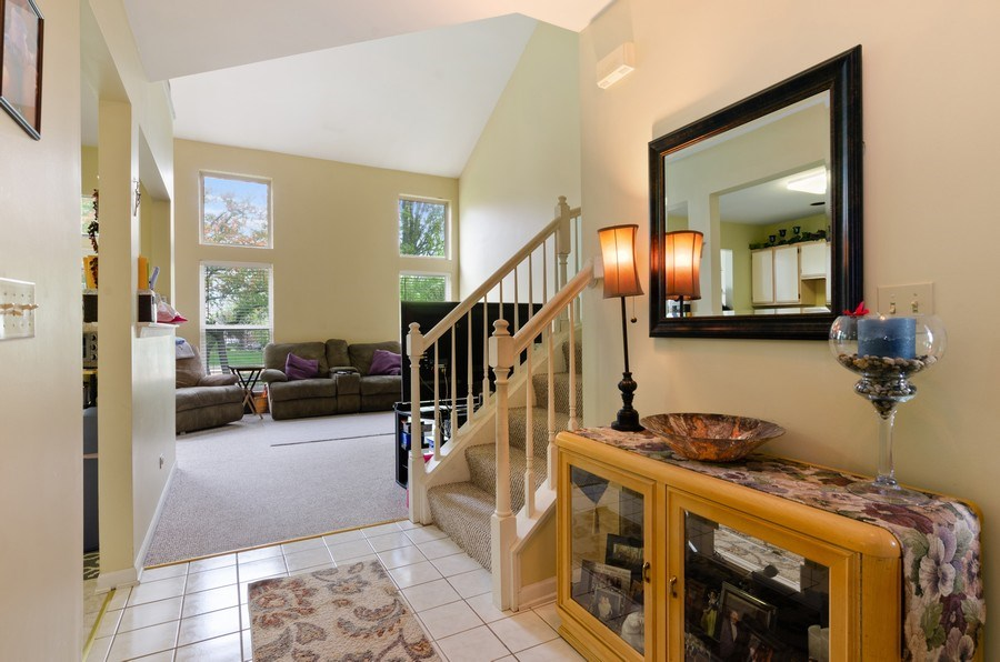 Real Estate Photography - 2064 Peach Tree Lane, Algonquin, IL, 60102 - Foyer