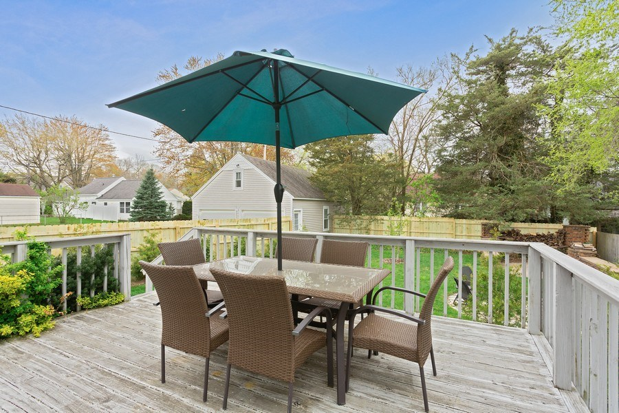 Real Estate Photography - 108 S. Barton, New Buffalo, MI, 49117 - Deck