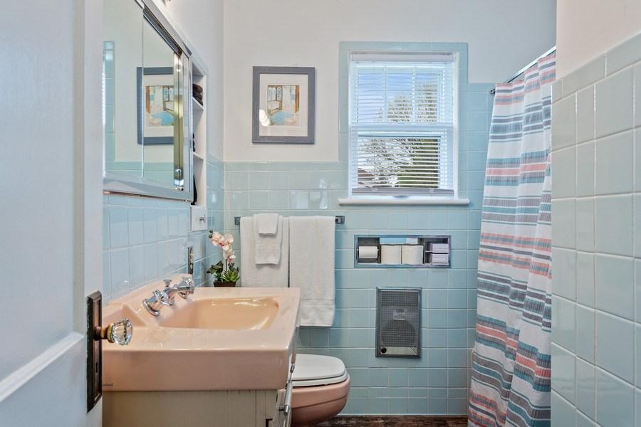 Real Estate Photography - 108 S. Barton, New Buffalo, MI, 49117 - Bathroom