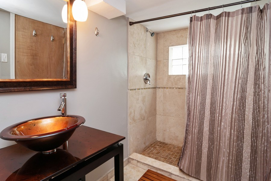 Real Estate Photography - 27 Keystone Ave., River Forest, IL, 60305 - Bathroom