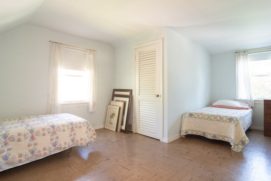 Real Estate Photography - 304 W Hawthorne, Arlington Heights, IL, 60004 - Master Bedroom