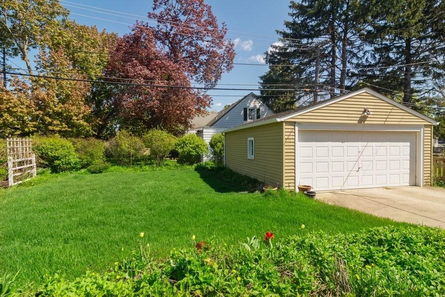 Real Estate Photography - 304 W Hawthorne, Arlington Heights, IL, 60004 - Back Yard