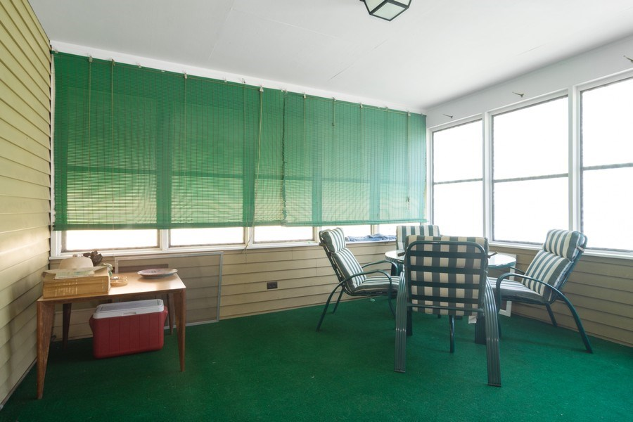 Real Estate Photography - 304 W Hawthorne, Arlington Heights, IL, 60004 - Sun Room