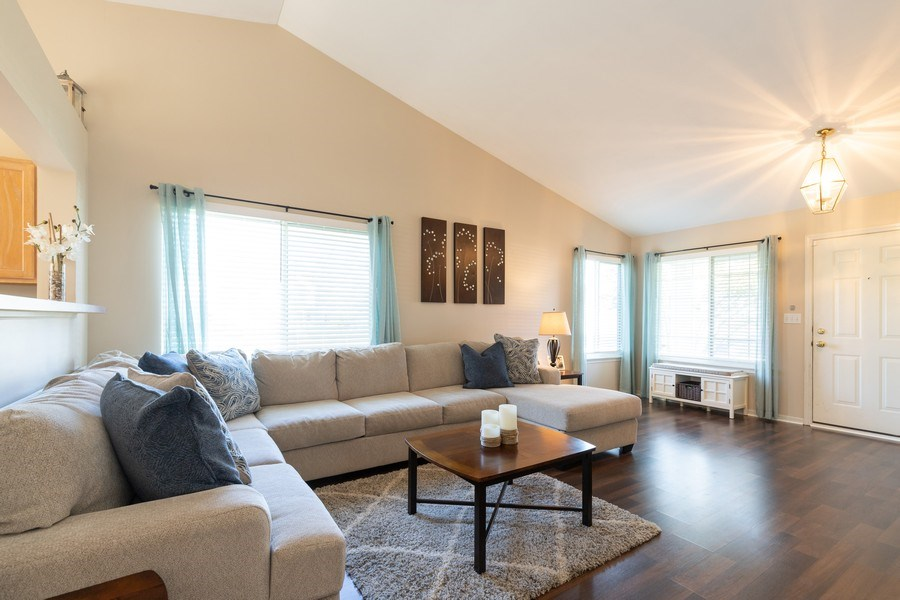 Real Estate Photography - 770 S Providence, Round Lake, IL, 60073 - Front Entry into Spacious Living Room!