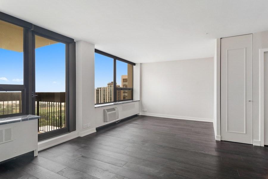Real Estate Photography - 1460 N Sandburg Ter, Unit 2806, Chicago, IL, 60610 - Living Room
