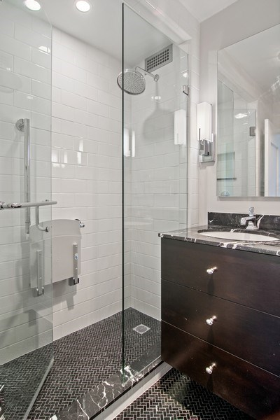 Real Estate Photography - 1460 N Sandburg Ter, Unit 2806, Chicago, IL, 60610 - Bathroom