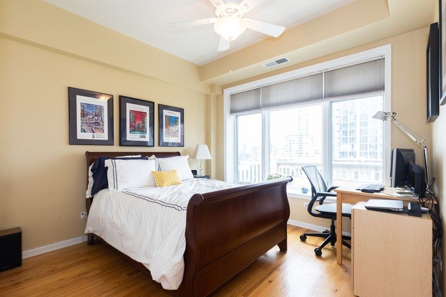 Real Estate Photography - 657 W Fulton St, Unit 609, Chicago, IL, 60661 - 2nd Bedroom