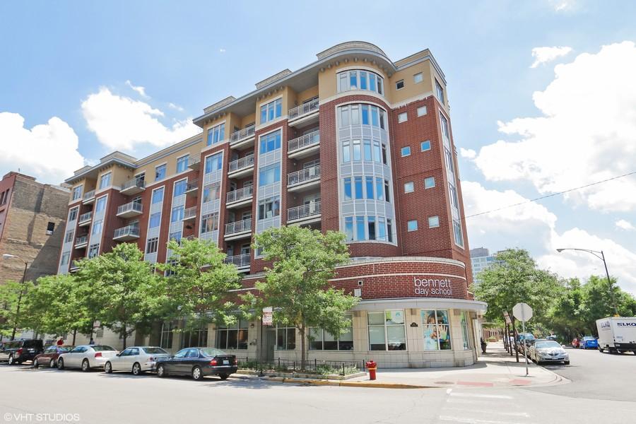 Real Estate Photography - 657 W Fulton St, Unit 609, Chicago, IL, 60661 -