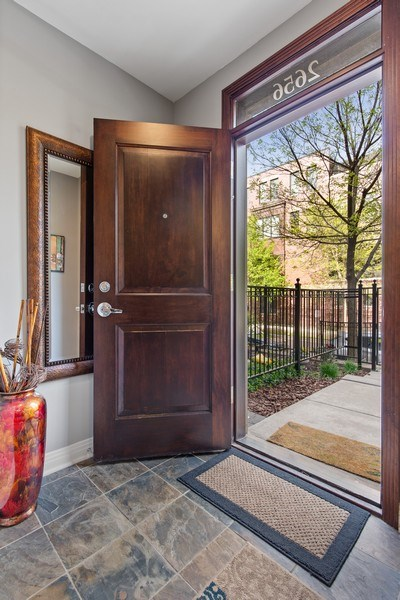 Real Estate Photography - 2656 N Hermitage Ave, Chicago, IL, 60614 - Foyer