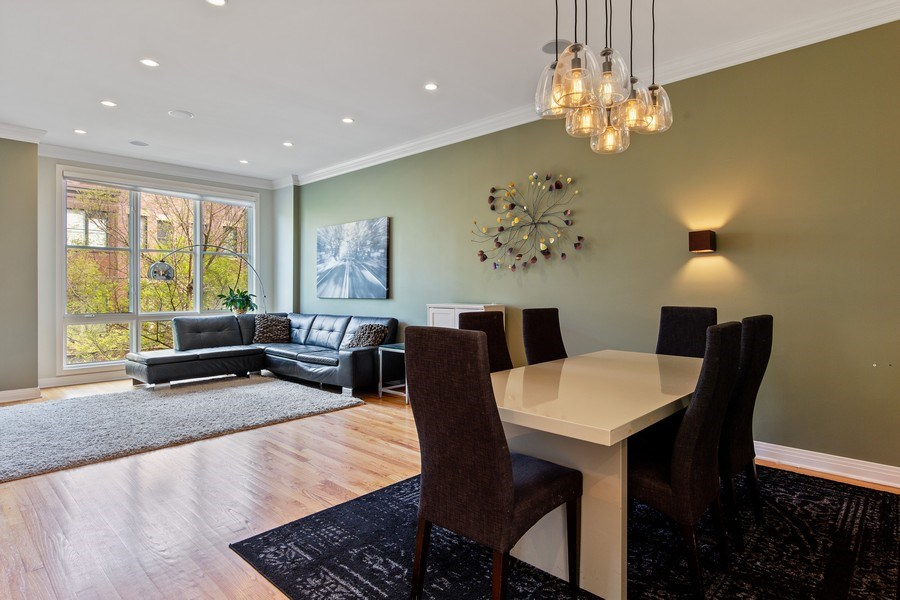 Real Estate Photography - 2656 N Hermitage Ave, Chicago, IL, 60614 - Dining Room/Living Room