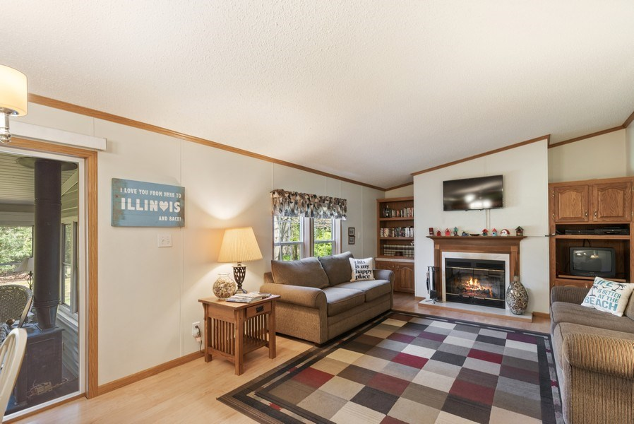 Real Estate Photography - 6411 Berrien, Sawyer, MI, 49125 - Family Room