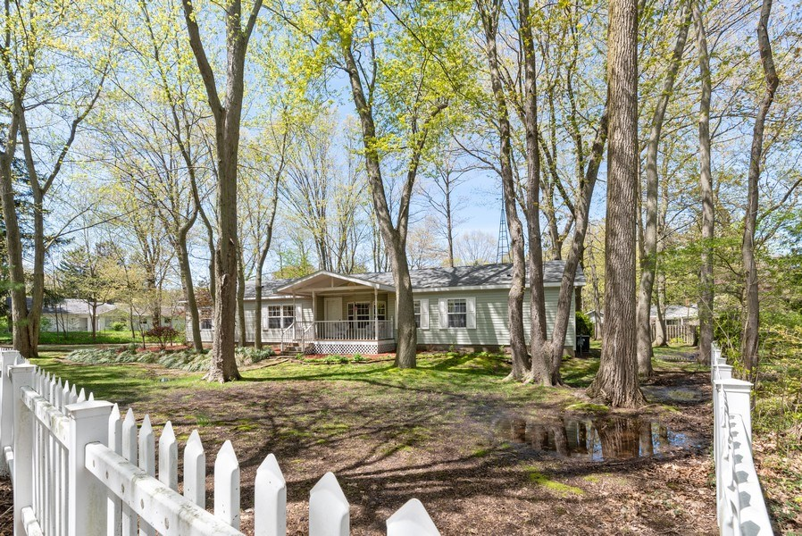 Real Estate Photography - 6411 Berrien, Sawyer, MI, 49125 - Front View