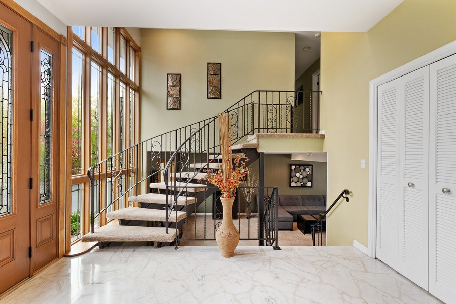 Real Estate Photography - 261 Aspen, Highland Park, IL, 60035 - Foyer