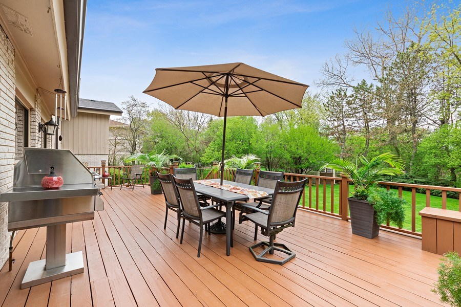 Real Estate Photography - 261 Aspen, Highland Park, IL, 60035 - Deck