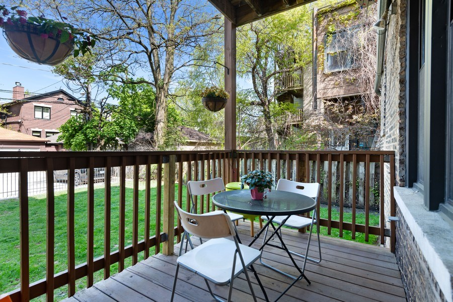 Real Estate Photography - 3508 N Greeenview, Unit 1, Chicago, IL, 60657 - Deck
