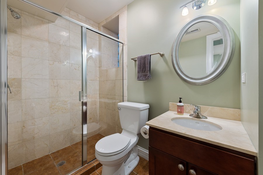 Real Estate Photography - 3508 N Greeenview, Unit 1, Chicago, IL, 60657 - Bathroom