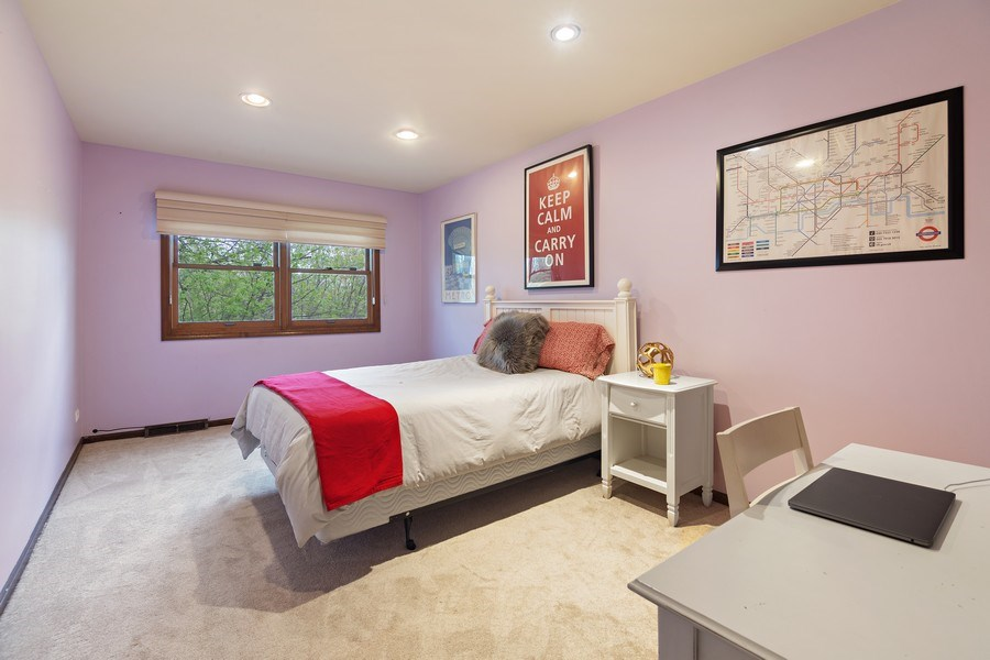 Real Estate Photography - 1224 Brook Ln, Glenview, IL, 60025 - 2nd Bedroom