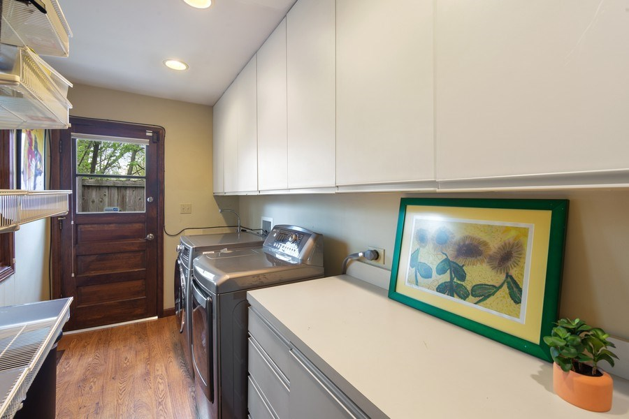 Real Estate Photography - 1224 Brook Ln, Glenview, IL, 60025 - Mudroom